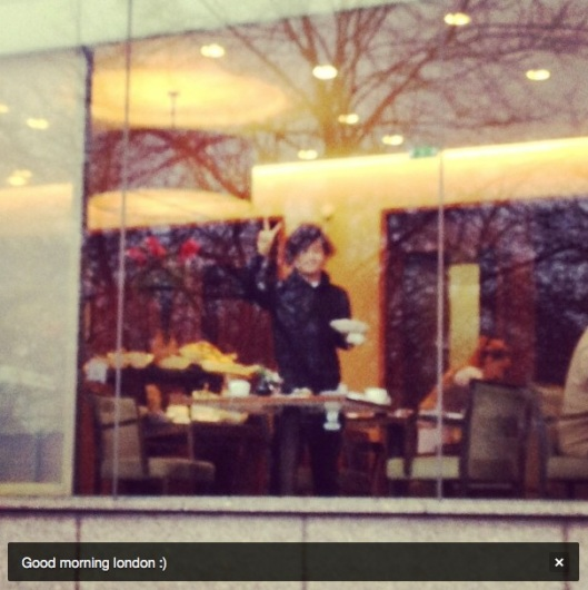 121214-taeyang-instragram-london2
